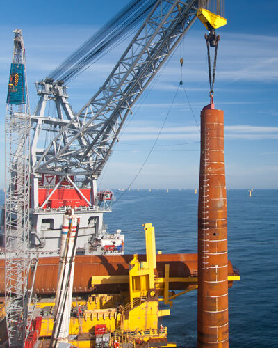 pioneers-in-offshore-wind-projects-citation-400x700